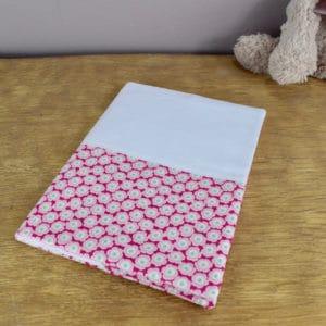 Carnet de Santé en Tilda Bessie Purple, coton uni blanc