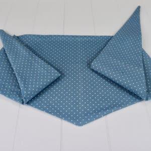 Chèche été enfant en coton imprimé à pois écrus sur fond bleu