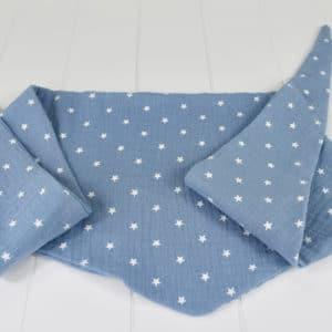 Chèche été enfant en double gaze étoiles blanches sur fond bleu-gris