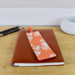 Marque-page en Tilda Autumn Rose Ginger, ruban orange