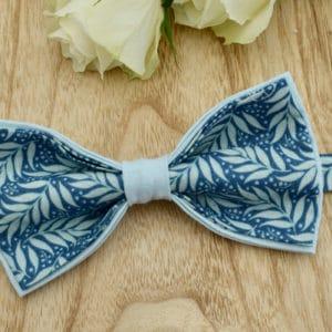 Noeud Papillon Double en Tilda Berry Leaf Blue et coton bleu ciel