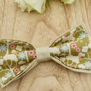 Noeud Papillon Double en Tilda Wildgarden Green et coton beige