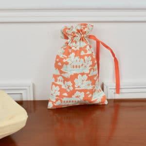Pochon taille petite en Tilda Sunny Park Ginger, interieur blanc, ruban orange
