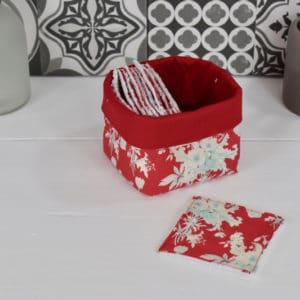Panière et lingettes en Tilda Botanical Red et coton uni rouge