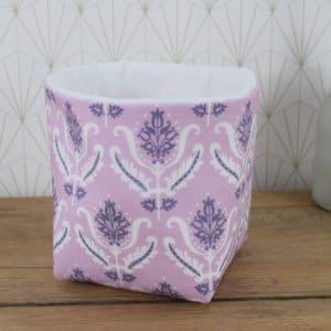 Petite Panière en Gutermann Ornement Blanc et Violet sur fond mauve et coton uni blanc