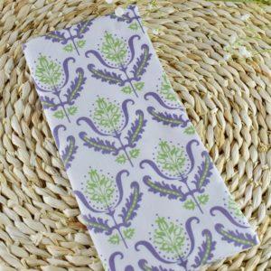 Etui livret de famille en Gutermann Ornement vert et Violet sur fond blanc
